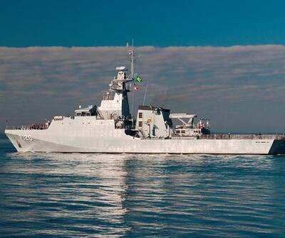 İran Yemen'e savaş gemisi yolladı
