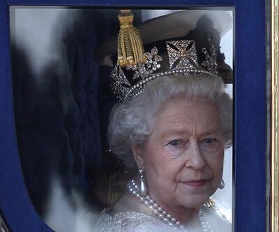 Kraliçe Twitter ve Facebook hesapları için editör arıyor