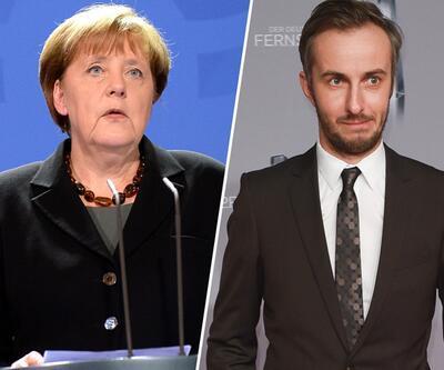 Alman komedyen Böhmermann'dan Merkel'e eleştiri