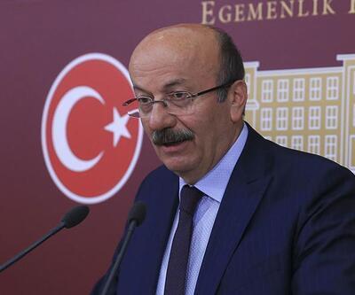 """Bekaroğlu'ndan Davutoğlu iddiası: """"Hırslıdır, uygun zamanı bekleyecek"""""""