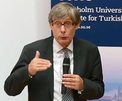 Erdoğan'ı protesto için ödülünü iade edeceğini açıkladı
