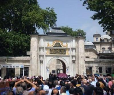 Ahmet Davutoğlu vatandaşlardan helallik istedi