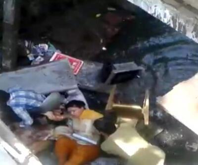 Hindistan'da milletvekili kanalizasyona düştü