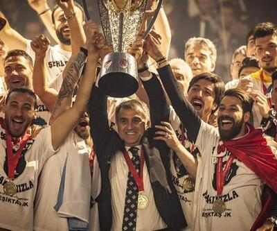 Arkadaşlarından Şenol Güneş'e imalı şampiyonluk kutlaması