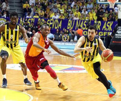 Derbide gülen 25 sayı farkla Fenerbahçe