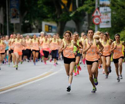 """Binlerce kadın """"NikeWomen Victory Tour"""" ile koştu"""