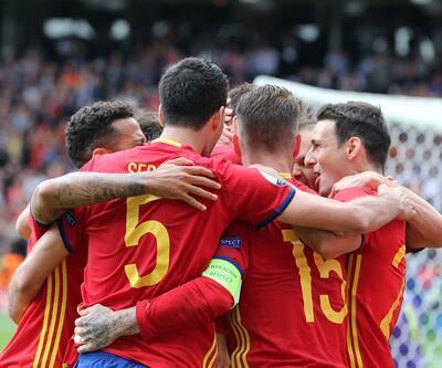 İspanya - Çek Cumhuriyeti maçından renkli kareler