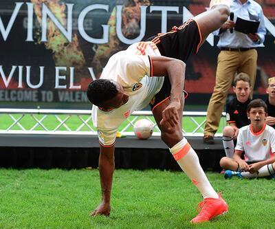 Nani'den capoeira şov