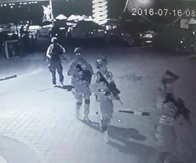 Marmaris'te darbeci askerler otelin yerini vatandaşlara sormuş