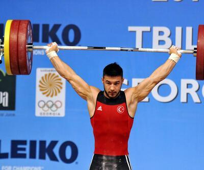 Rio Olimpiyatları'nda Türkiye'ye ilk madalya halterde Daniyar İsmayilov'dan