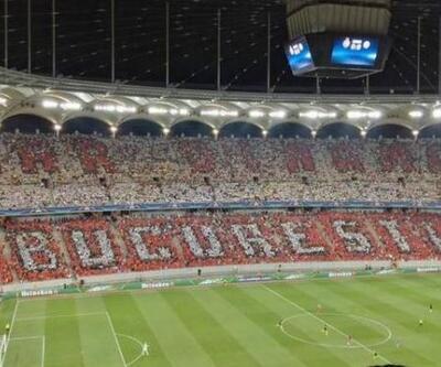 Dinamo Bükreş taraftarları Steaua Bükreş'i fena 'trol'ledi!