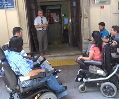 Engellilerden İETT eylemi: Otobüse yalnız binebilmek istiyoruz