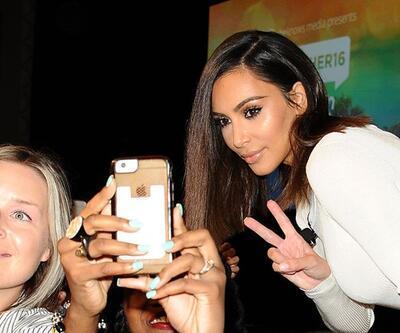 Kim Kardashian çıplak fotoğraflarını SnapChat'ten paylaştı