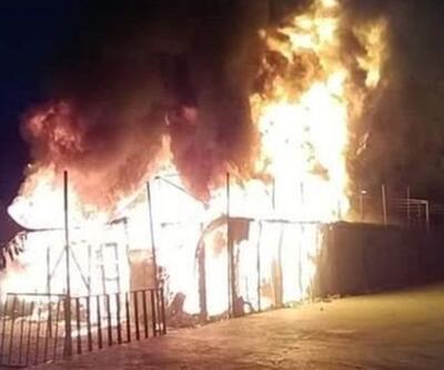Midilli'de mülteci kampında yangın