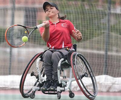 Türk spor tarihine geçen milli tenisçi 'yurtsuz' kaldı