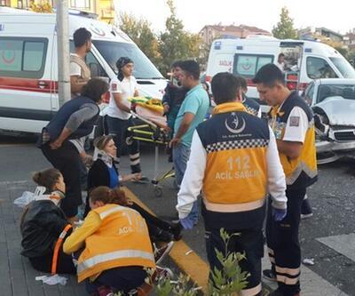 Ankara'da belediye otobüsü araçları ezdi