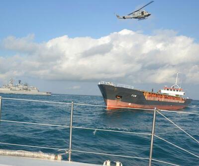 Zonguldak'ta Panama bandıralı yan yatan yük gemisinin personeli kurtarıldı