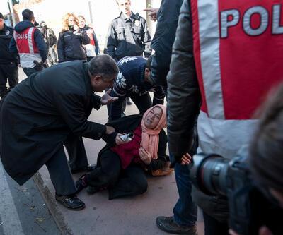 Cumhuriyet Gazetesi'nin önünde arbede