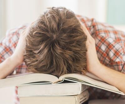 Liseliler okulda mutsuz: Depresyondayım devamsızım