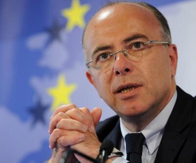 Fransa'da eski İçişleri Bakanı Cazeneuve, Başbakan oldu