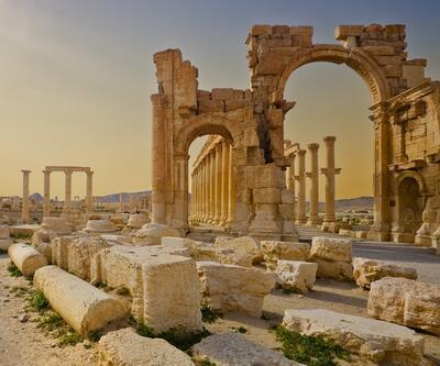 DEAŞ Palmira'ya ilerliyor