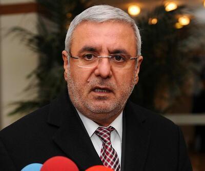 AYM, Mehmet Metiner'e söylenen 'dönek' ifadesini hakaret saymadı