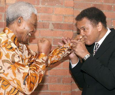 Muhammed Ali'nin Mandela'ya mektubu 31 bin TL'ye satıldı