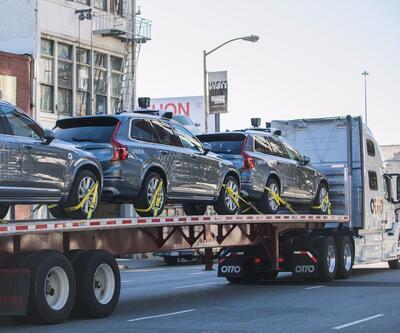 Uber'in trafik kuralı dinlemeyen sürücüsüz araçları Kaliforniya'dan kovuldu