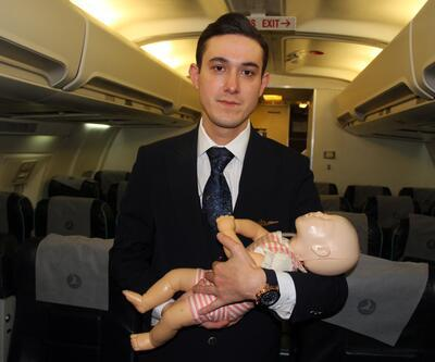 THY'nin kabin memuru bebeğin hayatını kurtardı