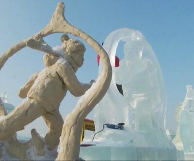 Çin'de nefes kesen buz festivali
