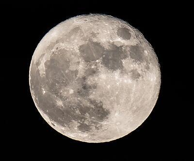 Ay'ın oluşumu üzerine yeni bir teori ortaya atıldı
