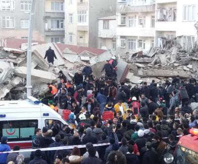 Son Dakika Zeytinburnu'nda çöken binadan ilk fotoğraflar