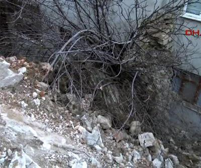 İzmit'te tarihi duvar yıkıldı