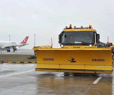 Atatürk Havalimanı'nda kar önlemleri