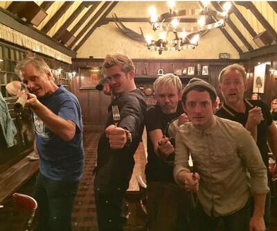 Frodo, Aragorn, Legolas, Pippin ve Merry buluştu
