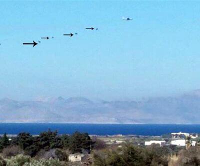 Yunan askerinden Kardak'ta gövde gösterisi