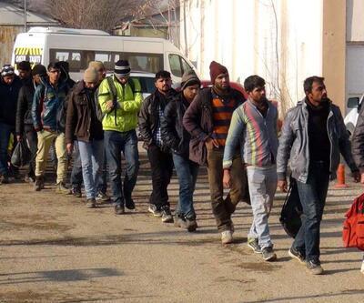 Yunanistan göçmenleri zorla Meriç'ten Edirne'ye gönderdi