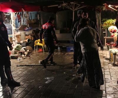 Taksim'de çiçekçiler birbirlerine girdi: 2 yaralı