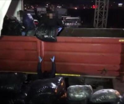1 ton esrar yakalandı