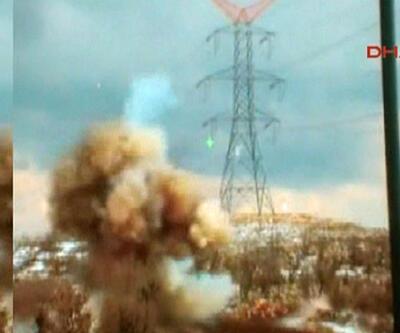 Yola tuzaklanan 100 kilo patlayıcı imha edildi: 1 metrelik çukur oluştu