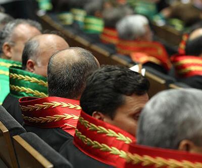 227 hakim ve savcıya FETÖ ihracı Resmi Gazete'de