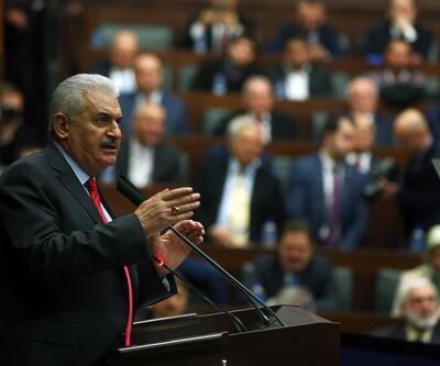 Başbakan Binali Yıldırım'dan 'bozkurt' işareti