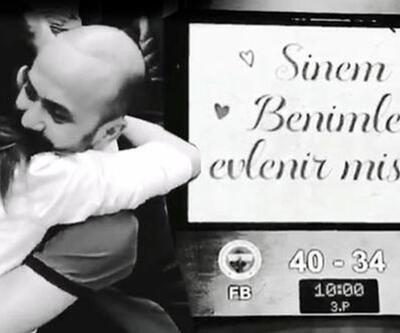 Sarp Akkaya'dan basketbol maçında evlilik teklifi
