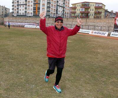 70 yaşında mide kanserini sporla yendi
