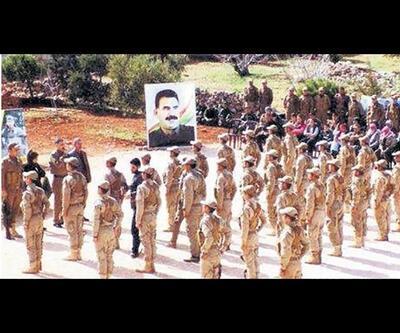 ABD üniformalı YPG'lilerden Öcalan posterli yemin töreni