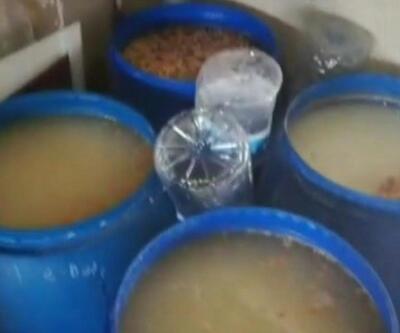 Mikrop saçan depoda kaçak içki imalatı