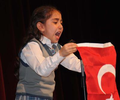 İstiklal Marşı'nı ağlayarak okudu
