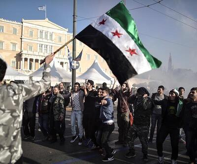 Atina'da sığınmacılara destek yürüyüşü