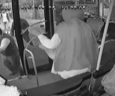 Camları kırıp otobüs şoförüne saldırdılar!