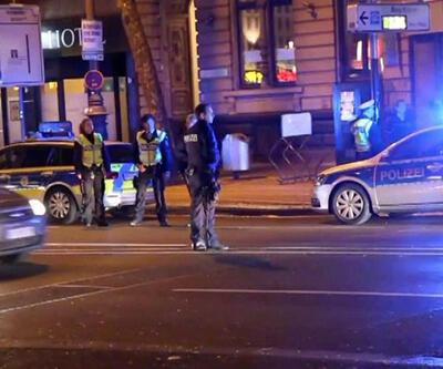 Almanya'da referandum konvoyuna polis engeli